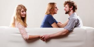 امرأة اوروبية .. اكتشفت خيانة زوجها.. وهذا ما فعلت؟..شاهد