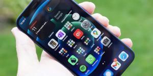 إنتاج iPhone 12 mini قد يتوقف بسبب ضعف الطلب