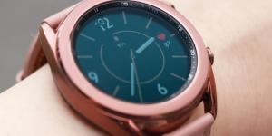 ساعة سامسونج المستقبلية تستخدم أندرويد وليس تايزن