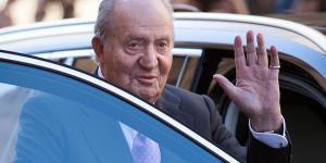 ملك إسبانيا السابق يقترض لسداد ديونه
