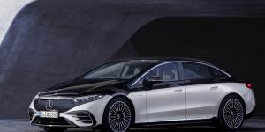 مرسيدس تكشف عن السيارة الكهربائية الفاخرة EQS