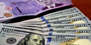 سوريا : خفض جديد في سعر الدولار للتجار والصناعيين