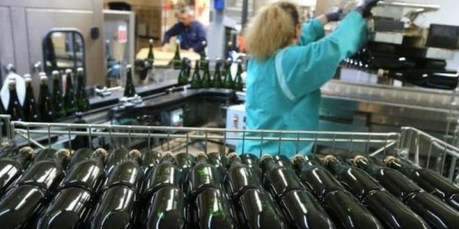 كورونا يضرب سوق صناعة الشمبانيا حول العالم