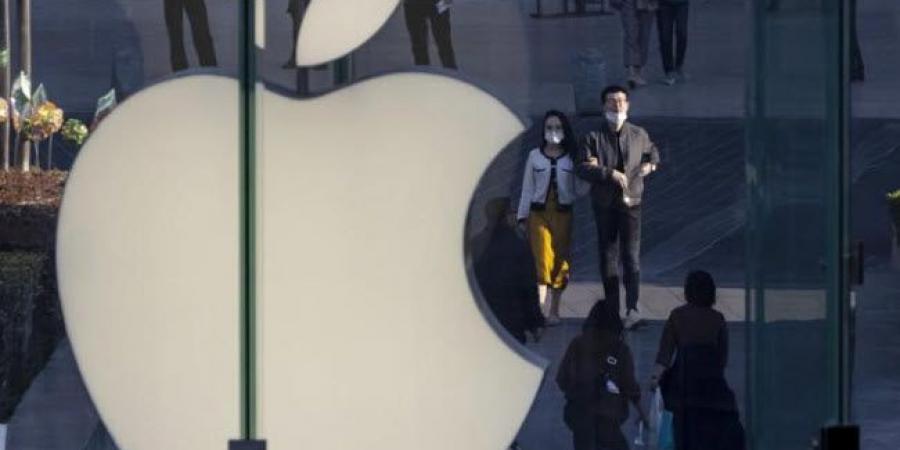 """""""أبل""""تتصدر مبيعات الهواتف الذكية في الربع الأخير 2020"""